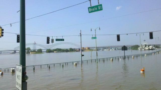 firfer_memphis_flooding_cnn_640x360